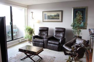 """Photo 15: 506 110 W 4TH Street in North Vancouver: Lower Lonsdale Condo for sale in """"OCEAN VISTA"""" : MLS®# R2042460"""