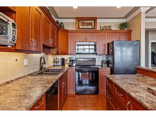 """Photo 4: 34 2842 WHATCOM Road in Abbotsford: Abbotsford East Townhouse for sale in """"Forest Ridge"""" : MLS®# R2450038"""