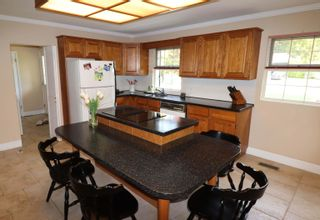 """Photo 19: 987 PACIFIC Drive in Delta: English Bluff House for sale in """"THE VILLAGE"""" (Tsawwassen)  : MLS®# R2615607"""