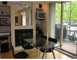 """Photo 4: TH17 969 RICHARDS Street in Vancouver: Downtown VW Townhouse for sale in """"MONDRIAN 2"""" (Vancouver West)  : MLS®# V706935"""