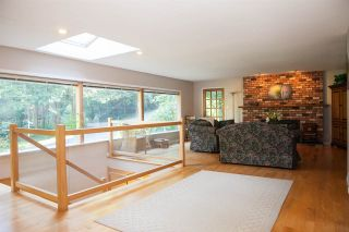 Photo 5: 4181 ROSE Crescent in West Vancouver: Sandy Cove House for sale : MLS®# R2102445