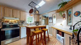 "Photo 15: 765 BRITANNIA Way in Squamish: Britannia Beach Manufactured Home for sale in ""Britannia Beach"" : MLS®# R2577592"