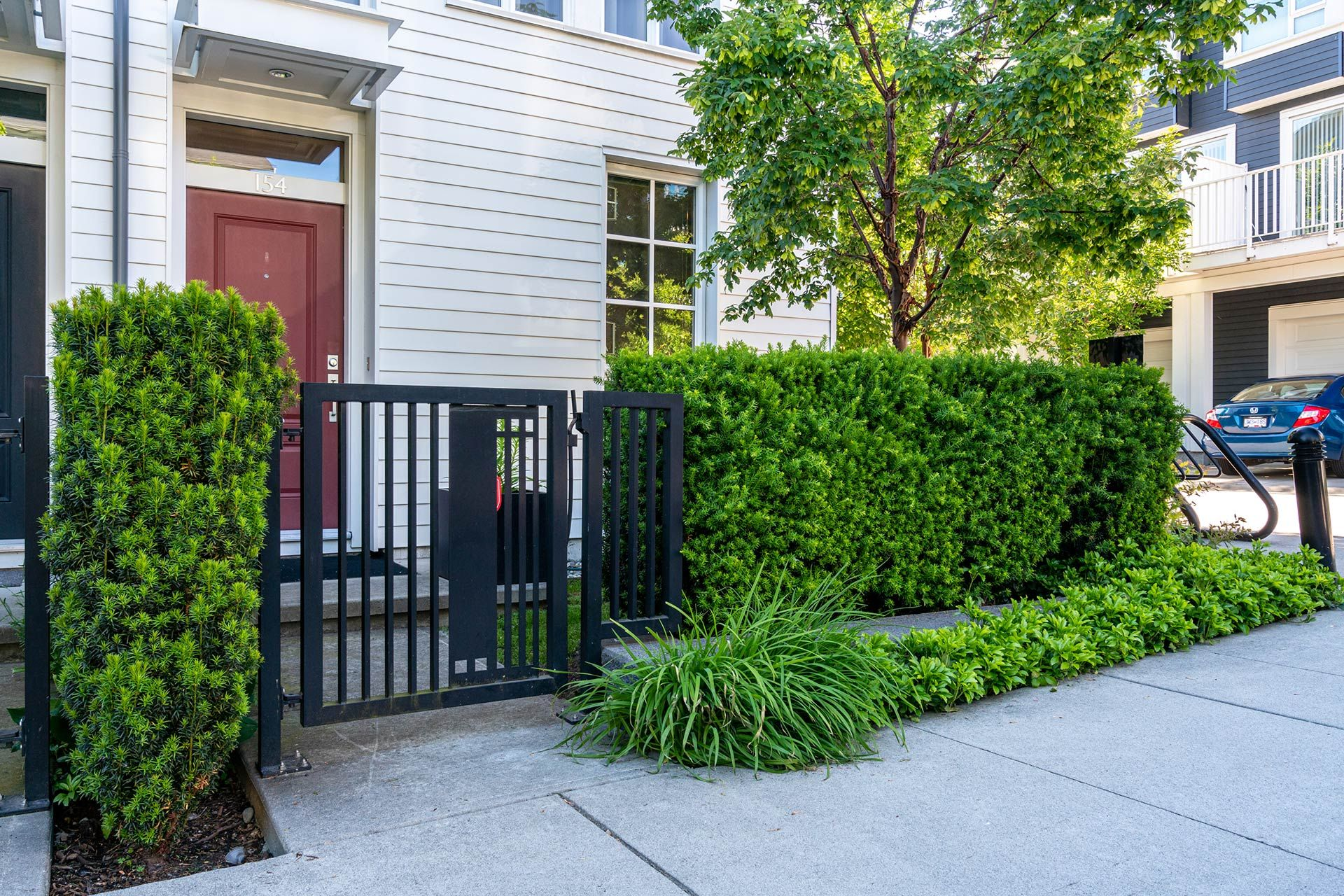 """Photo 41: Photos: 154 548 FOSTER Avenue in Coquitlam: Coquitlam West Townhouse for sale in """"BLACK + WHITE"""" : MLS®# R2587208"""