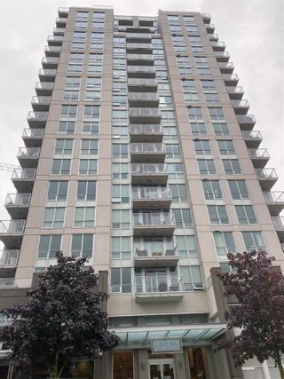 "Photo 1: 1206 135 E 17TH Street in North Vancouver: Central Lonsdale Condo for sale in ""Local on Lonsdale"" : MLS®# R2511762"