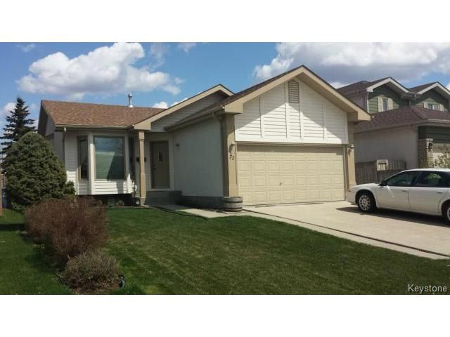 Main Photo: 71 Peres Oblats Drive in WINNIPEG: Windsor Park / Southdale / Island Lakes Residential for sale (South East Winnipeg)  : MLS®# 1511426