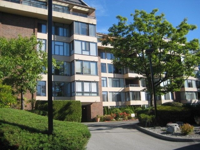 """Main Photo: 104 2101 MCMULLEN Avenue in Vancouver: Quilchena Condo for sale in """"ARBUTUS VILLAGE"""" (Vancouver West)  : MLS®# V1044094"""