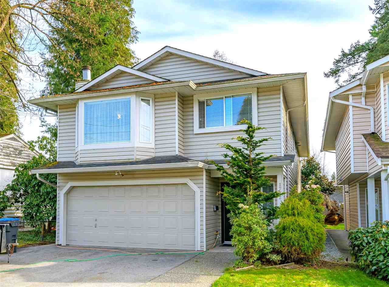 Main Photo: 1772 LANGAN Avenue in Port Coquitlam: Central Pt Coquitlam House for sale : MLS®# R2562106