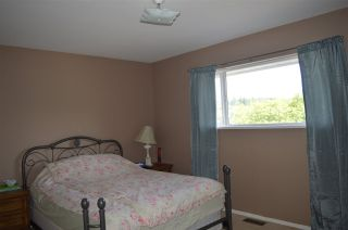 Photo 14: 5829 TRAIL Avenue in Sechelt: Sechelt District House for sale (Sunshine Coast)  : MLS®# R2081885