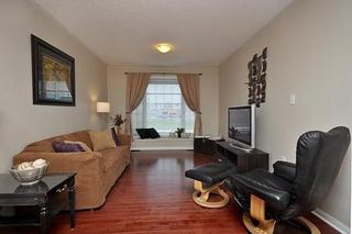 Photo 4: 8 Benmore Crest in Brampton: Vales of Castlemore House (2-Storey) for sale : MLS®# W2334751