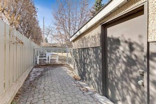 Photo 33: 1425 43 Street SW in Calgary: Rosscarrock Detached for sale : MLS®# A1090704