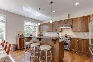 """Photo 9: 32 15454 32 Avenue in Surrey: Grandview Surrey Townhouse for sale in """"Nuvo"""" (South Surrey White Rock)  : MLS®# R2454547"""