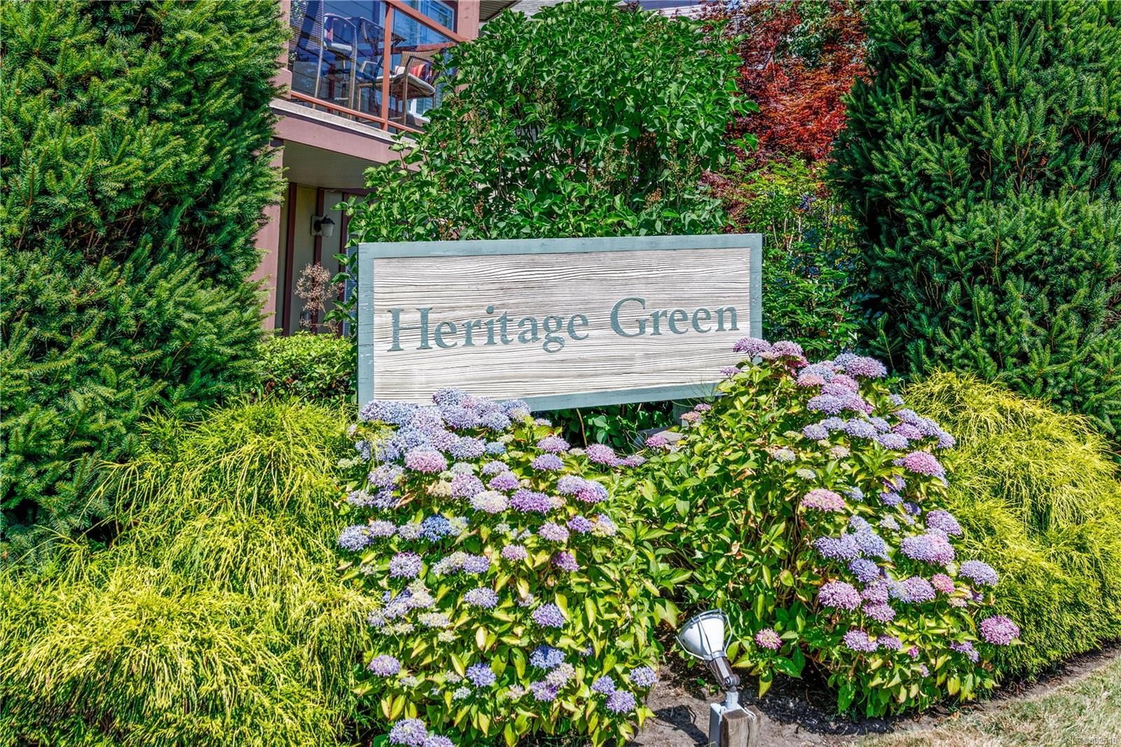 Main Photo: 202 1959 Polo Park Crt in Central Saanich: CS Saanichton Condo for sale : MLS®# 882519