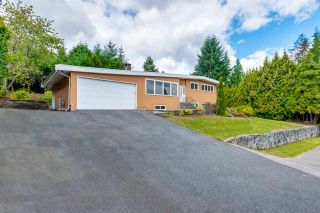 Photo 3: R2135281 - 870 Saddle Street, Coquitlam House For Sale