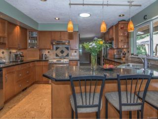 Photo 3: 2379 DAMASCUS ROAD in SHAWNIGAN LAKE: ML Shawnigan House for sale (Zone 3 - Duncan)  : MLS®# 733559