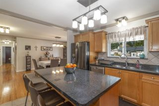 Photo 8: 614 DRAYCOTT Street in Coquitlam: Central Coquitlam House for sale : MLS®# R2561327