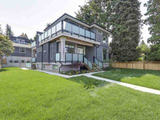Photo 1: 7284 INLET Drive in Burnaby: Westridge BN House for sale (Burnaby North)  : MLS®# R2423498