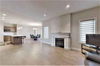 Photo 4: 812 177 Street SW in Edmonton: Zone 56 House for sale : MLS®# E4229396