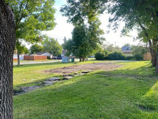 Photo 1: 444 10th Street NW in Portage la Prairie: Vacant Land for sale : MLS®# 202122498