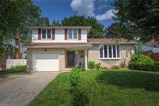 Photo 1: 33 SPENCER Crescent in London: North G Residential for sale (North)  : MLS®# 40139251