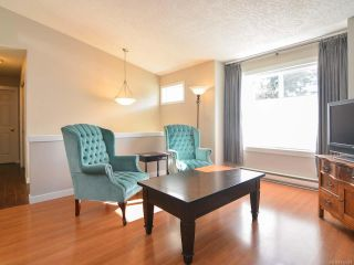 Photo 3: A 910 1st St in COURTENAY: CV Courtenay City Half Duplex for sale (Comox Valley)  : MLS®# 752438
