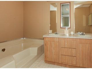 """Photo 16: 26 10221 WILSON Road in Mission: Stave Falls Manufactured Home for sale in """"TRIPLE CREEK ESTATES"""" : MLS®# F1428351"""