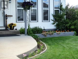 Photo 2: 10920 114 Street in Fairview: House for sale : MLS®# A1084319