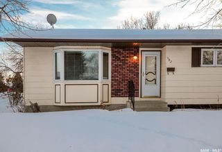 Photo 3: 102 Laval Crescent in Saskatoon: East College Park Residential for sale : MLS®# SK840878
