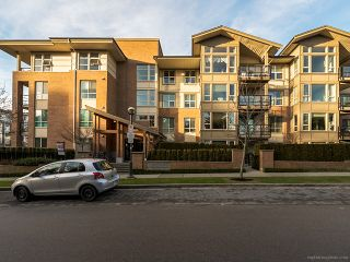 "Photo 4: 214 6268 EAGLES Drive in Vancouver: University VW Condo for sale in ""Clements Green"" (Vancouver West)  : MLS®# V1067735"