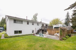 Photo 3: 1189 BRISBANE Avenue in Coquitlam: Harbour Chines House for sale : MLS®# R2169105