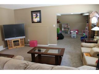 Photo 13: 70 Hindley Avenue in WINNIPEG: St Vital Residential for sale (South East Winnipeg)  : MLS®# 1504801