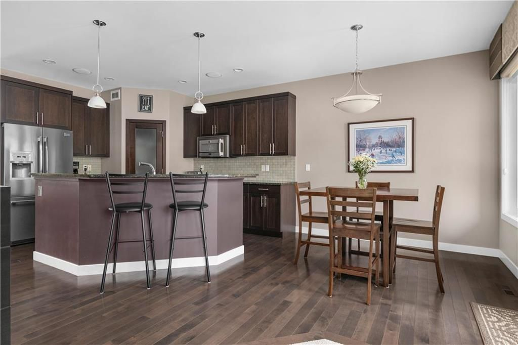 Photo 8: Photos: 22 Vestford Place in Winnipeg: South Pointe Residential for sale (1R)  : MLS®# 202116964