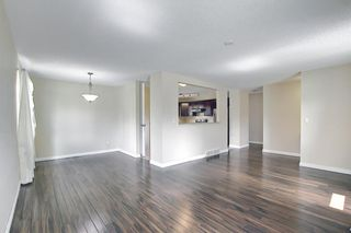 Photo 8: 2544 106 Avenue SW in Calgary: Cedarbrae Detached for sale : MLS®# A1102997