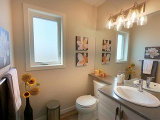 Photo 5: 25 Zimmerman Drive in Winnipeg: Charleswood Residential for sale (1H)  : MLS®# 202121732