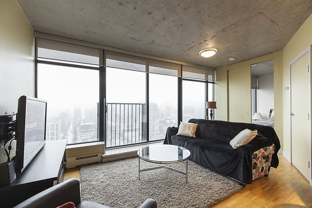 """Main Photo: 3608 128 W CORDOVA Street in Vancouver: Downtown VW Condo for sale in """"Woodwards (W43)"""" (Vancouver West)  : MLS®# R2559958"""