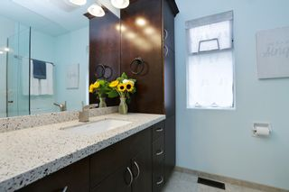 """Photo 21: 822 FREDERICK Road in North Vancouver: Lynn Valley Townhouse for sale in """"Lara Lynn"""" : MLS®# R2214486"""
