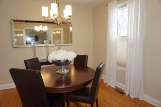 Photo 3: 267 Clare Avenue in : Riverview Single Family Detached for sale