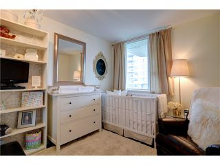 """Photo 8: 901 120 MILROSS Avenue in Vancouver: Mount Pleasant VE Condo for sale in """"THE BRIGHTON"""" (Vancouver East)  : MLS®# V976401"""