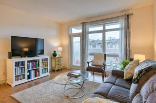 Photo 7: 2 172 Rockyledge View NW in Calgary: Rocky Ridge Row/Townhouse for sale : MLS®# A1152738