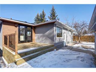Photo 37: 179 WINDERMERE Road SW in Calgary: Wildwood House for sale : MLS®# C4103216