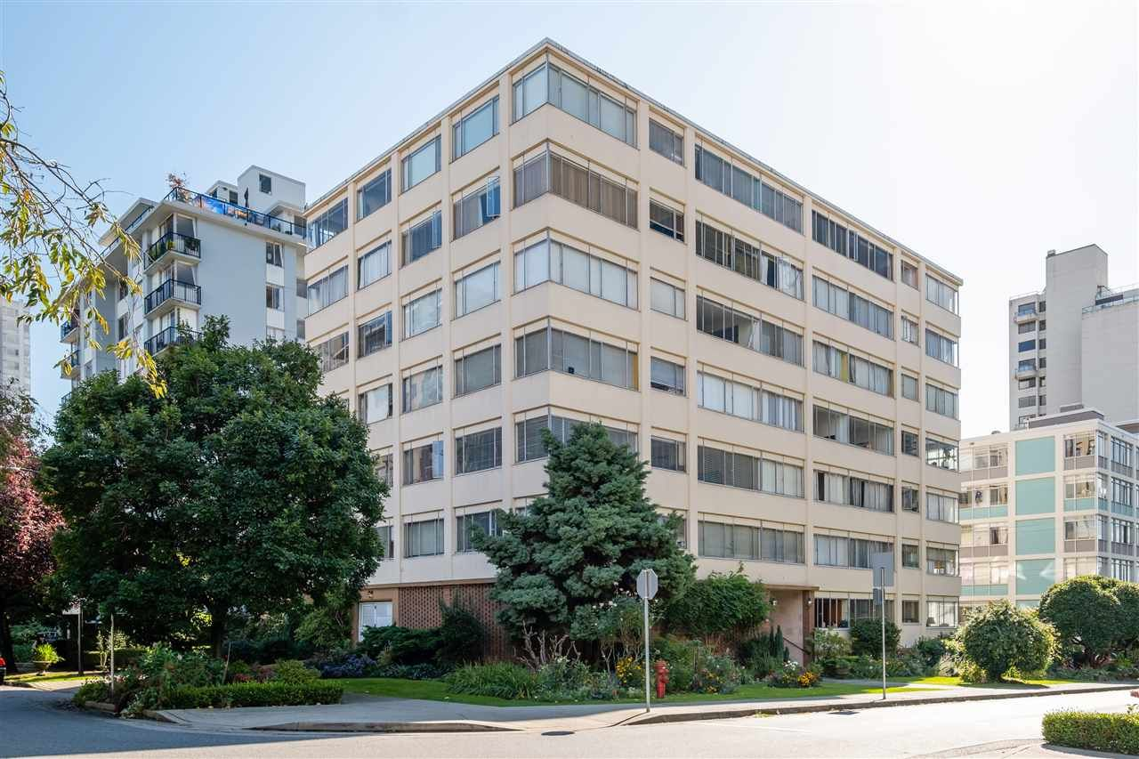 "Main Photo: 403 1050 CHILCO Street in Vancouver: West End VW Condo for sale in ""THE SAFARI"" (Vancouver West)  : MLS®# R2540276"