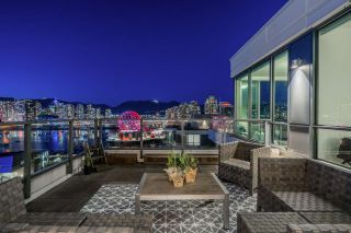 """Photo 16: 1402 1688 PULLMAN PORTER Street in Vancouver: Mount Pleasant VE Condo for sale in """"NAVIO AT THE CREEK"""" (Vancouver East)  : MLS®# R2554724"""