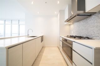 """Photo 15: 2510 4670 ASSEMBLY Way in Burnaby: Metrotown Condo for sale in """"STATION SQUARE"""" (Burnaby South)  : MLS®# R2625732"""