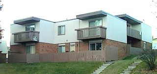 Main Photo: 11 SORREL Place SW in Calgary: Southwood Multi Family for sale : MLS®# C4286413