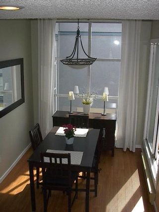 Photo 24: GORGEOUS TOWNHOUSE IN FAIRVIEW!