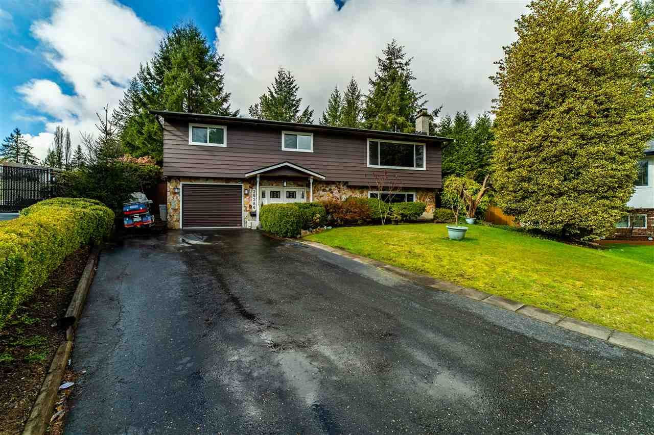 Main Photo: 20280 47 Avenue in Langley: Langley City House for sale : MLS®# R2567396