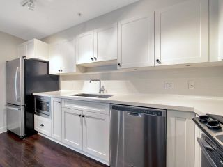 """Photo 7: 110 500 ROYAL Avenue in New Westminster: Downtown NW Condo for sale in """"DOMINION"""" : MLS®# R2592262"""