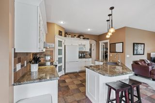 Photo 10: 61 Strathridge Crescent SW in Calgary: Strathcona Park Detached for sale : MLS®# A1152983