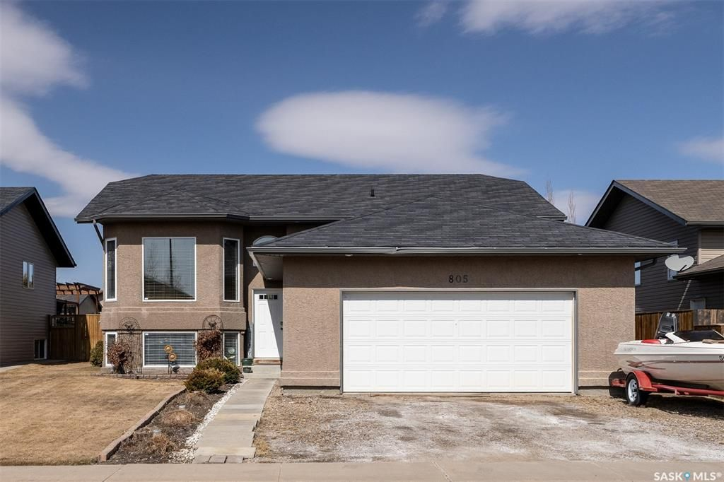 Main Photo: 805 Rock Hill Lane in Martensville: Residential for sale : MLS®# SK849217