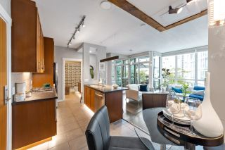 """Photo 17: 302 1189 MELVILLE Street in Vancouver: Coal Harbour Condo for sale in """"THE MELVILLE"""" (Vancouver West)  : MLS®# R2611872"""