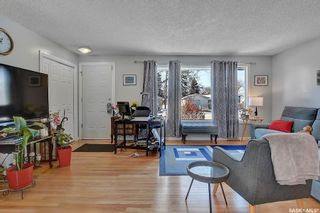 Photo 5: 11 Mathieu Crescent in Regina: Coronation Park Residential for sale : MLS®# SK840069